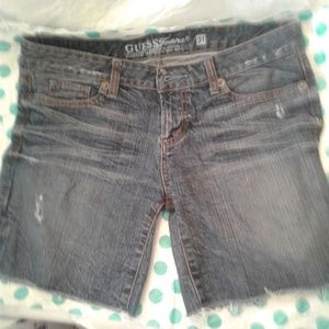 🌞 Guess Distressed Jean Shorts 🌞